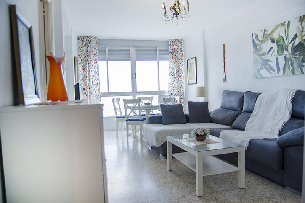 Piso -                                       Torre Del Mar -                                       2 dormitorios -                                       4 ocupantes